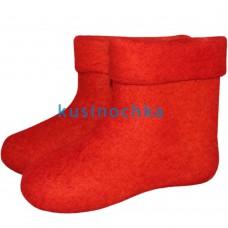 Мужские короткие валенки ярко красные цвета